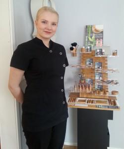 Emma, kosmetiikkaneuvoja, SKY-kosmetologi